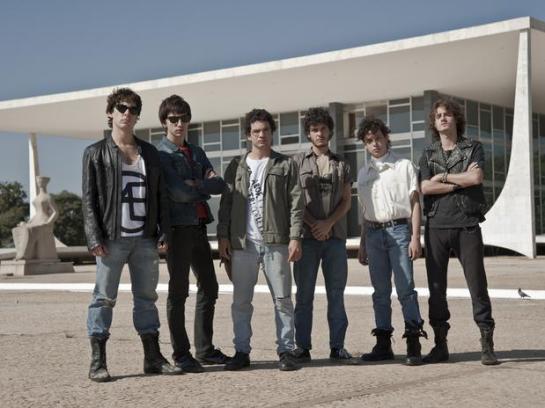 banda-filme-somos-tao-jovens1